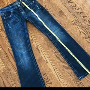 SUPER CUTE miss me jeans size 28